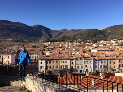 quillan-a-with-town-behind