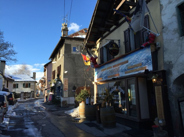 serre-chevalier-local-village
