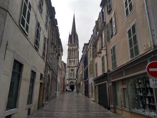 Pau - (city streets)