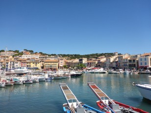 Cassis - marina with castle